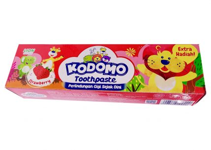 Kodomo Children's Toothpaste Strawberry Flavor 45 g